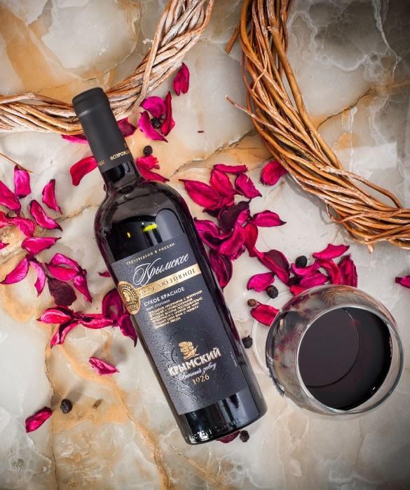 Крымское Эксклюзивное сухое красное вино