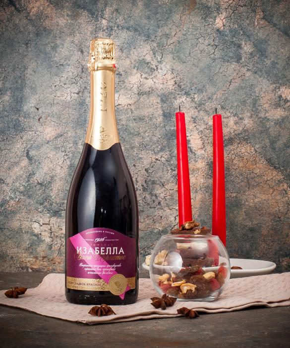 Игристое вино Крымская Изабелла Красное